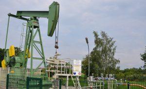 Pferdekopfpumpe auf der Erdöl-Bohrung Reitbrook 104